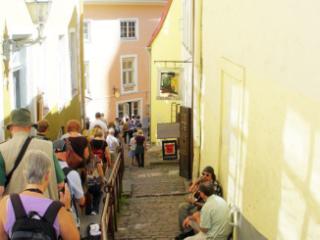 Walking the alleyways of Upper Town.