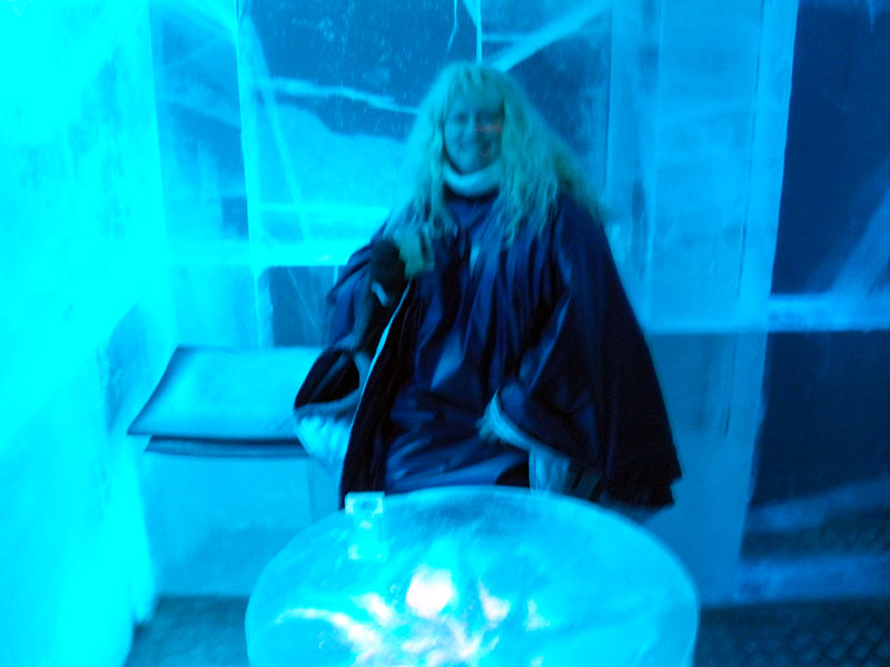 The Ice Table and Chair