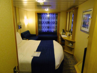 Stateroom 7255 on Navigator of the Seas Deck 7