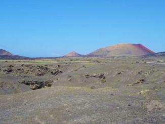 Timanfaya central volcanic alignment.