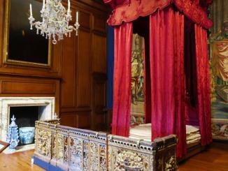 Queen Caroline's State Bed