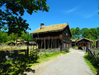 Log houses in the farmstead from Østerdal