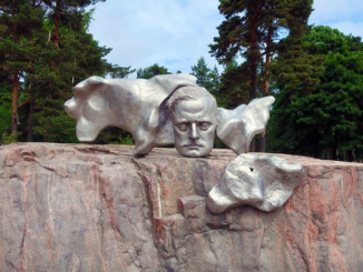 A late addition to the monument is a likeness of the composer and violinist Jean Sibelius