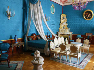 The stately Blue Bedroom in the Yusupov Palace