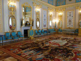 The Blue Room in Catherine's Palace used to entertain small groups of guests
