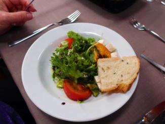 Fresh salad as a starter