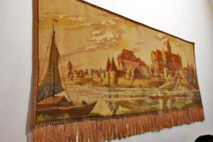 Well preserved tapestry in the commanders quarters.